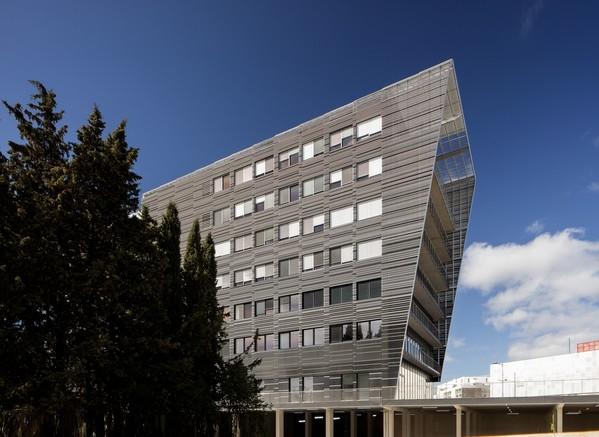 Immeubles de bureaux devant la St Roch - Performance énergétique vertueuse
