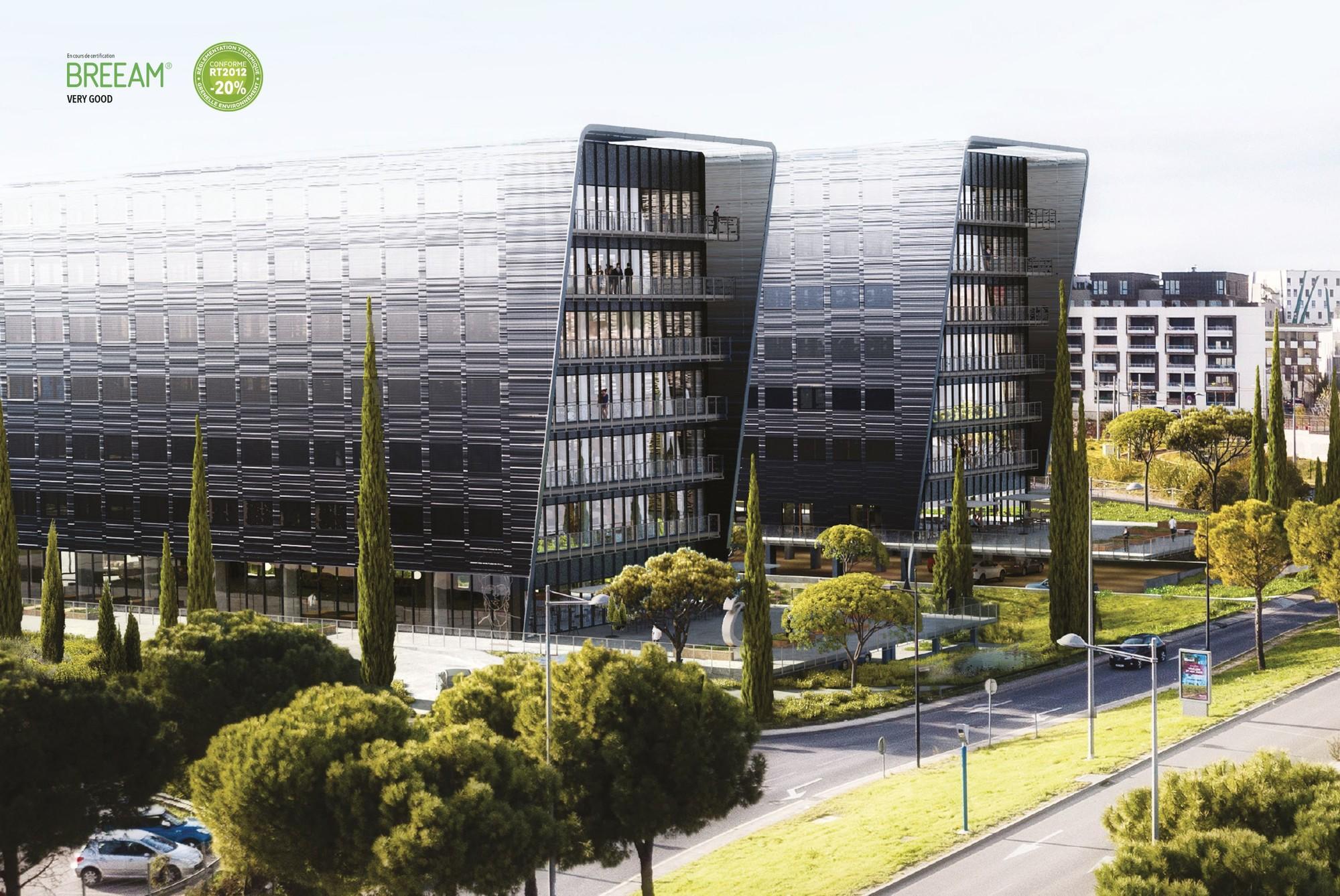 Immeubles de bureaux face à la polyclinique St Roch. Quartier Garosud de Montpellier
